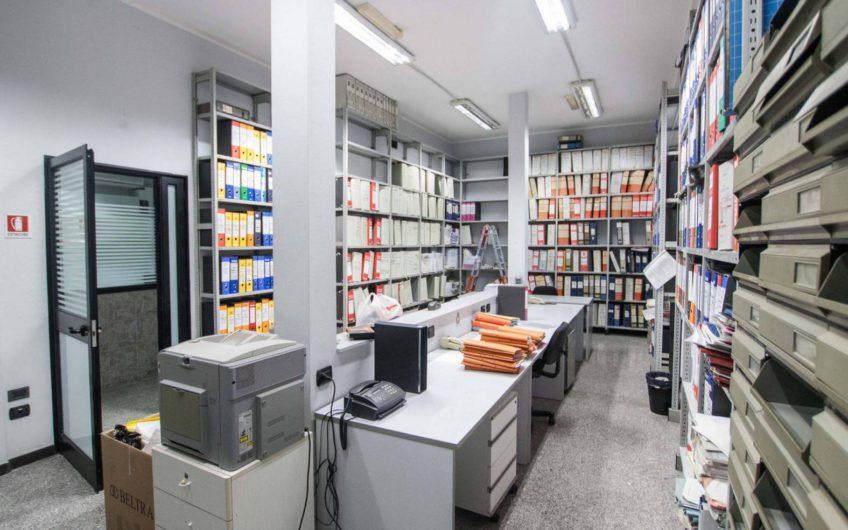IMPORTANTE E RIFINITO STUDIO/CENTRO DIREZIONALE