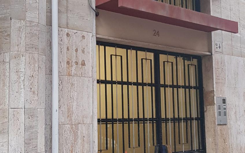 SAN PASQUALE – PISACANE trivani con doppi accessori a piano medio
