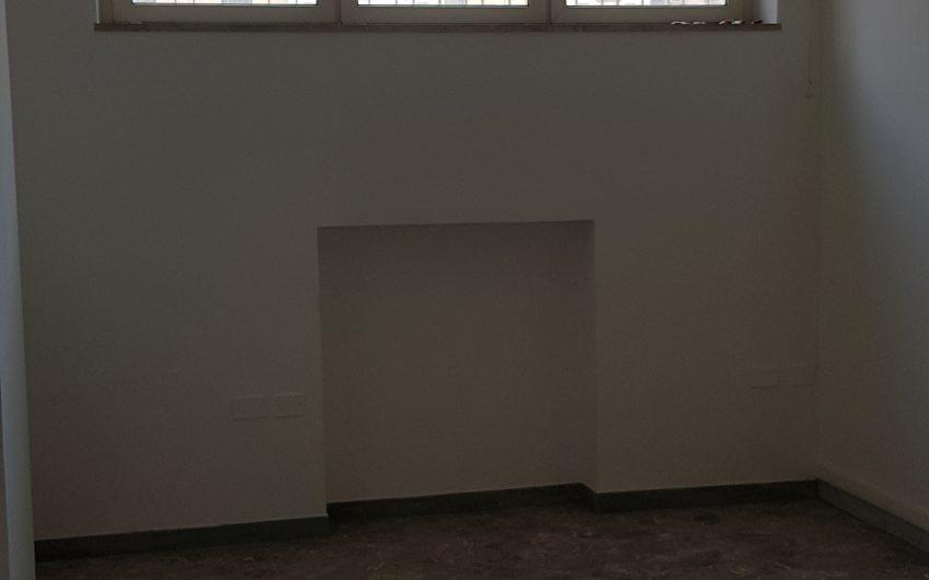 LOCALE UFFICIO MQ 600 DIVISIBILE SAN PASQUALE